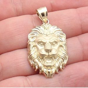 Real Solid Yellow Gold Lion Head Pendant Brand New